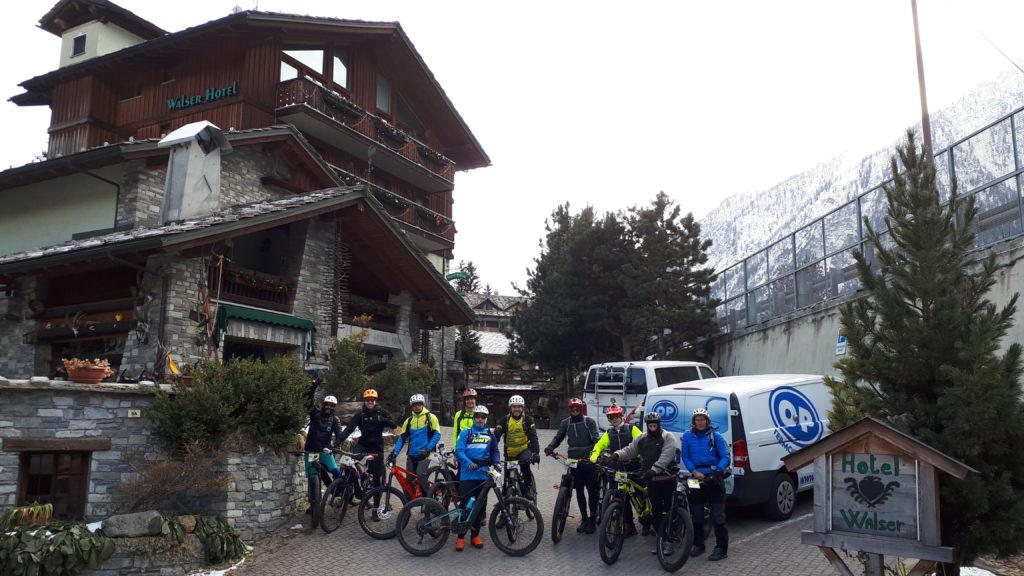 gruppo escursione invernale
